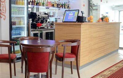 Bar v hoteli Belier