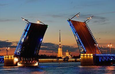 Otváracie mosty v Petrohrade