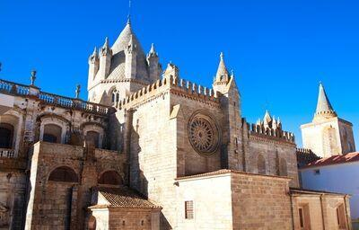 Évora, katedrála, poznávací zájazd, Portugalsko