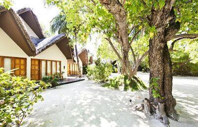 Vstup k ubytovaniu v hoteli Adaaran Select Hudhuranfushi