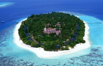 Ostrov s rezortom Royal Island Resort & Spa
