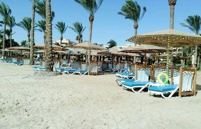 Pláž pri hoteli Continental Hotel Hurghada