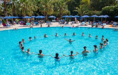 Animácie v bazéne hotela Kresten Palace