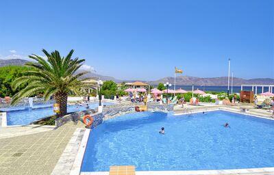 Bazény hotela Eden Village Kournas