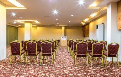 Konferenčná miestnosť v hoteli Kahya
