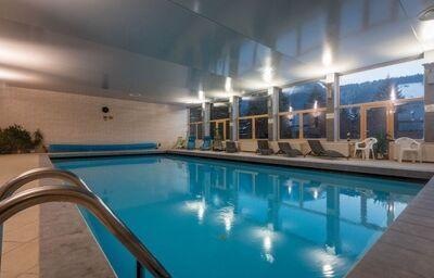 Vnútorný bazén v hoteli Boboty