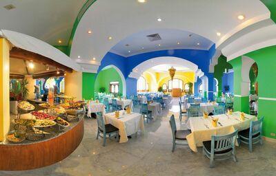 Švédske stoly v hoteli Domina Coral Bay Oasis