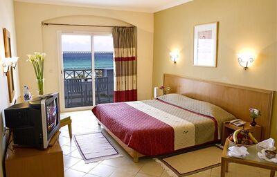 Izba s výhľadom na more v hoteli Thalassa Mahdia