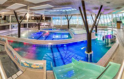 Vnútorné bazény v hoteli Spa Resort Thermal