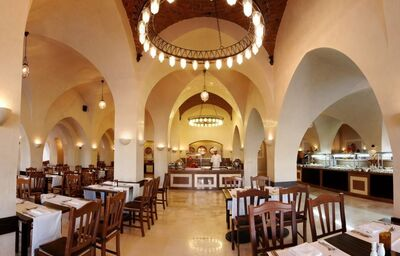 hlavna restauracia Al Masry, Jaz Makadina, Egypt