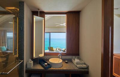 Centara Ras Fushi Resort & Spa W
