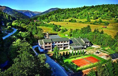 Pohľad na hotel Bystrá