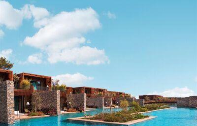 Veľký bazén v hoteli Maxx Royal Kemer