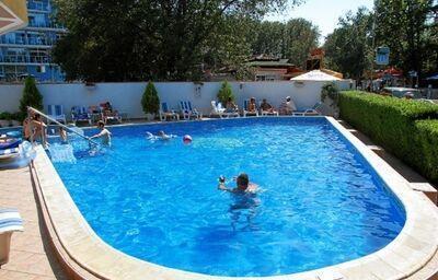 Bazén v hoteli Lotos, Kiten, Bulharsko