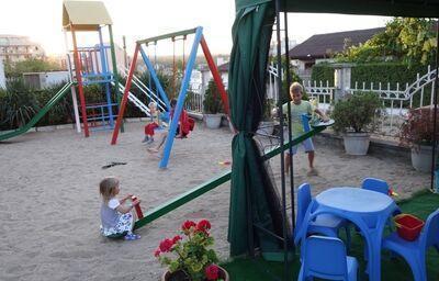 Detské ihrisko v hoteli Queen Nelly, Primorsko, Bulharsko