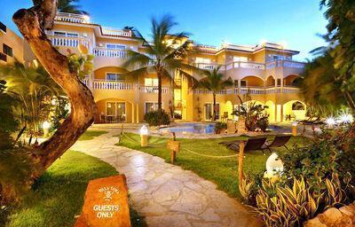 Villa Taina A