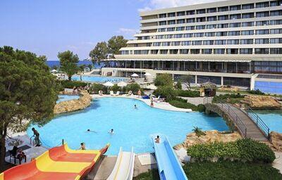 tobogány v hoteli Sithonia, Chalkidiki, Grécko
