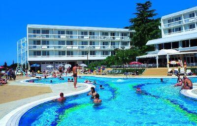 Bazén v hoteli Aminess Laguna