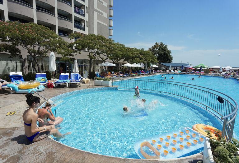 Vodný svet Hotel Bellevue ****