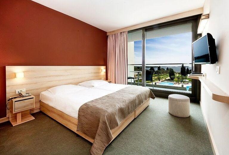 Izba s výhľadom na more v hoteli Laguna Materada