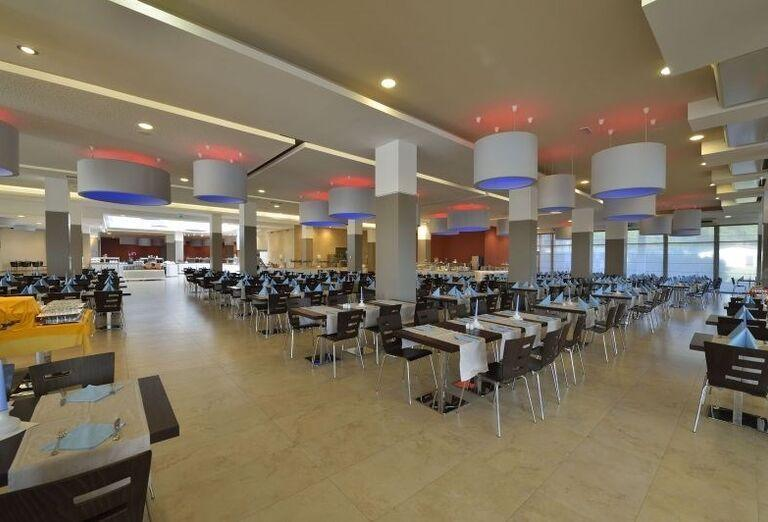 Reštaurácia v hoteli Laguna Materada
