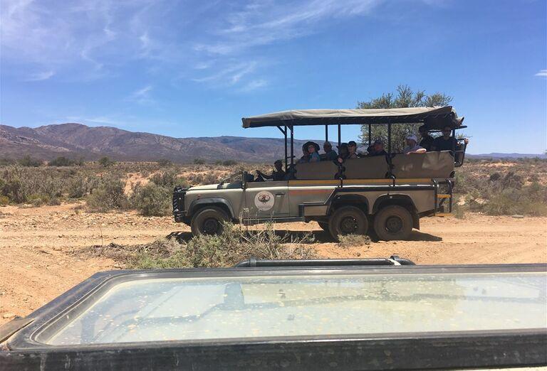 Kapské Mesto - auto na ceste