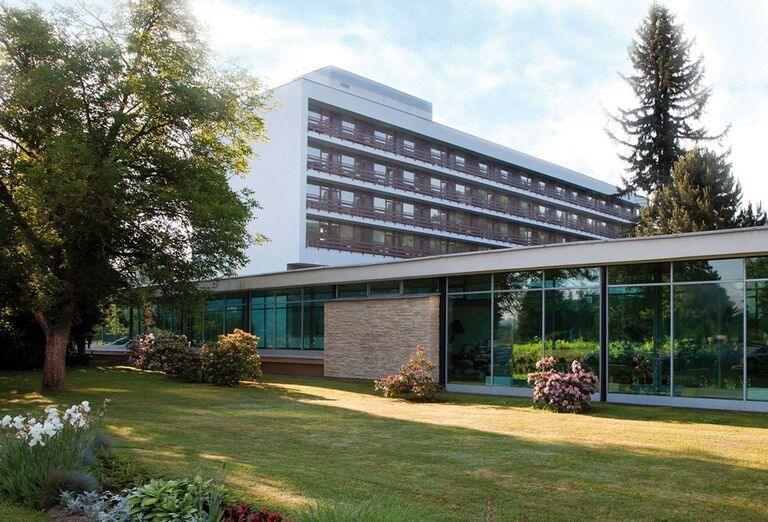 Pohľad na liečebný dom Smaragd