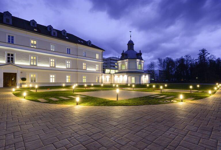 Areál hotela Royal Palace