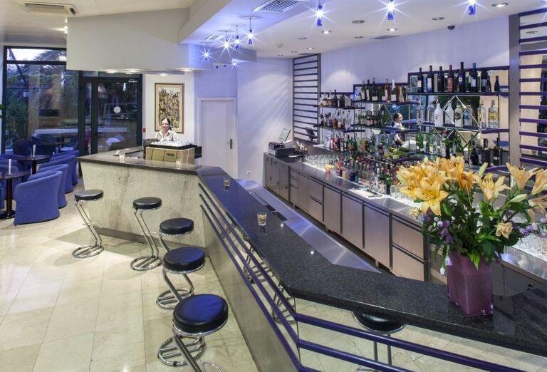 Bar hotela Bluesun Neptun