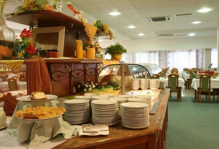 Chutné švédske stoly v hoteli Corinthia
