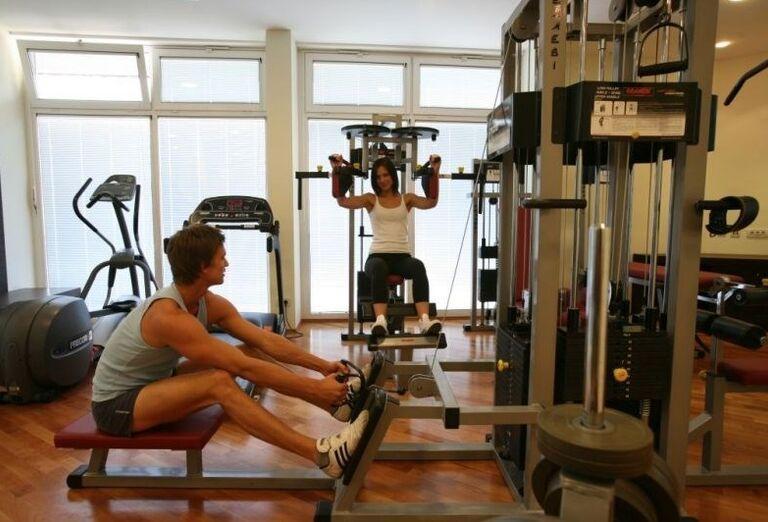 Cvičenie v hoteli Corinthia