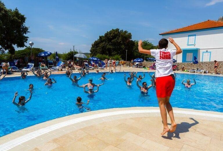 Animácie v bazéne hotela Dražica