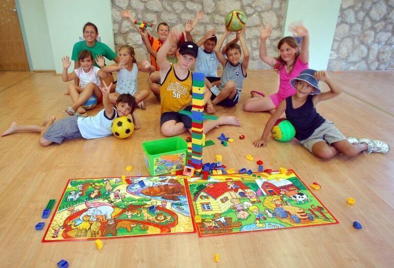 Zábava v detskom miniklube v hoteli Pinija