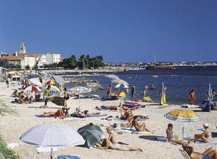 Pláž pri apartmánoch Croatia