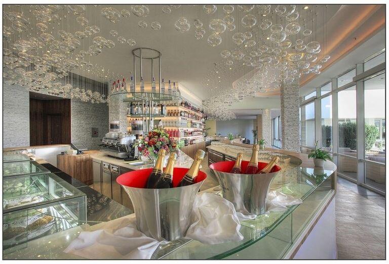 Lobby bar v hoteli Amadria Park Ivan