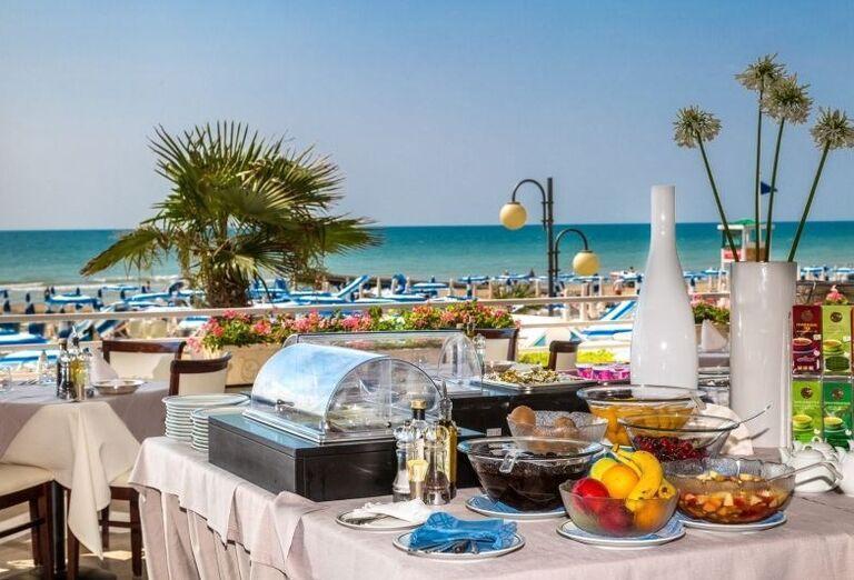 Občerstvenie počas dňa v hoteli Rivamare