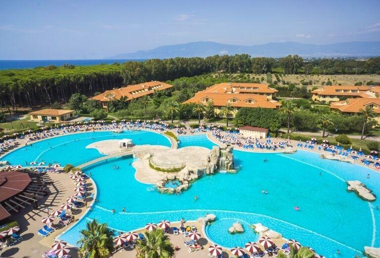 Komplex bazénov v hoteli Valtur Garden Calabria