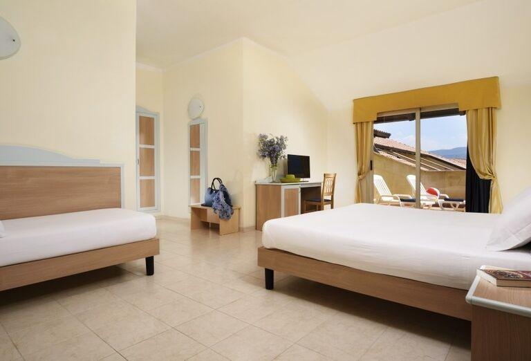 Izba s terasou v hoteli Valtur Garden Calabria