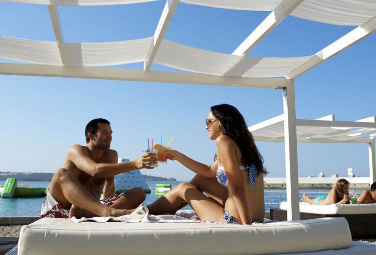 Pláž Aminess Laguna hotel ***+