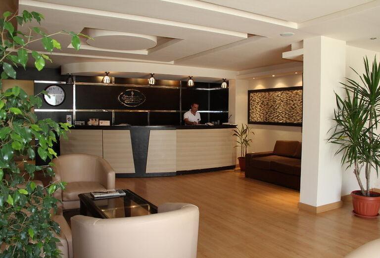 Royal Brayka Resort L