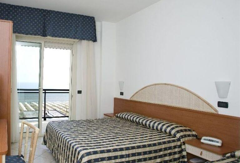 Izba s výhľadom na more v hoteli Londra