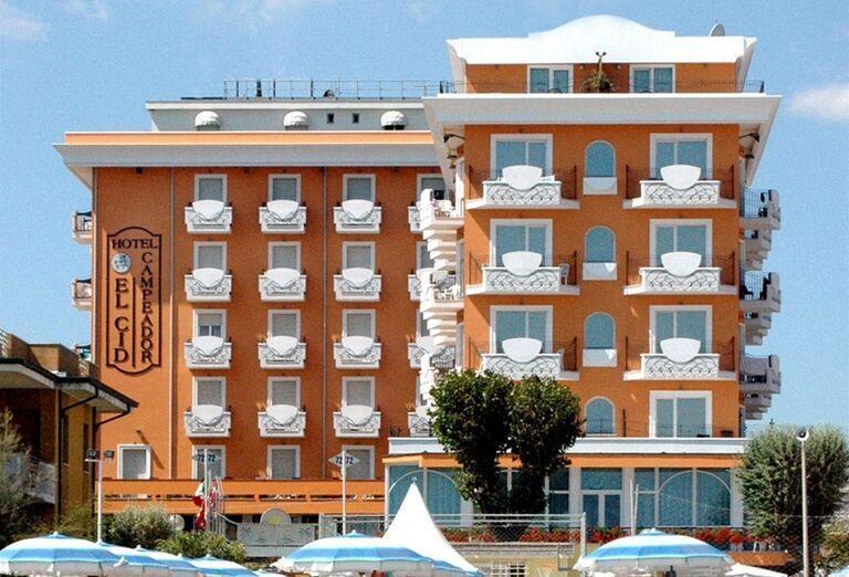 Pohľad na hotel El Cid Campeador