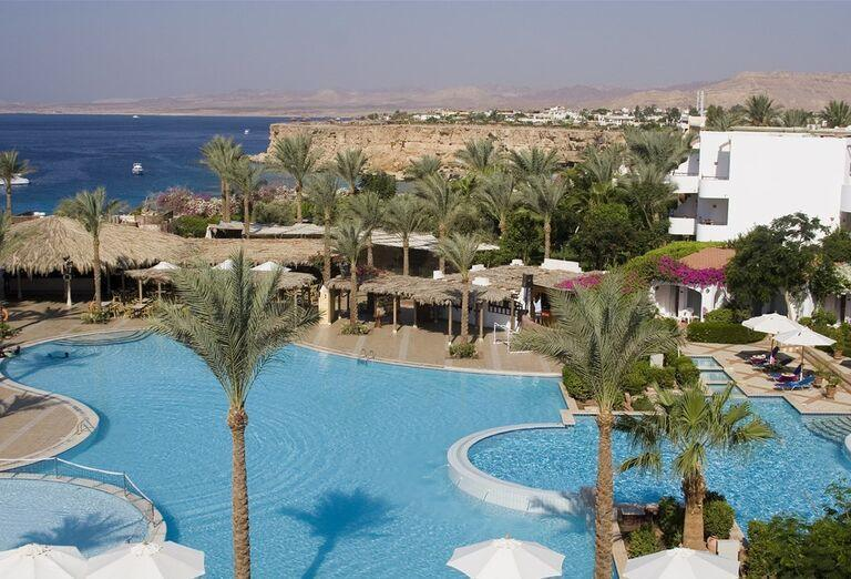 Komplex bazénov v hoteli Jaz Fanara Resort