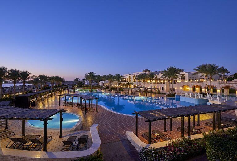 Večerný pohľad na hotel Jaz Belvedere