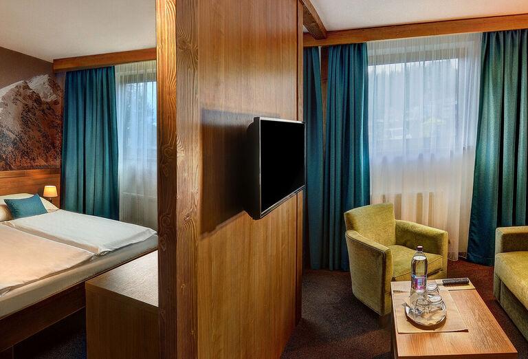 Ostatné Hotel FIS ***