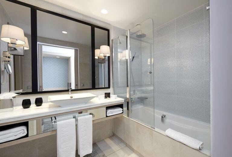 Kúpeľňa na izbe v Melia Beach