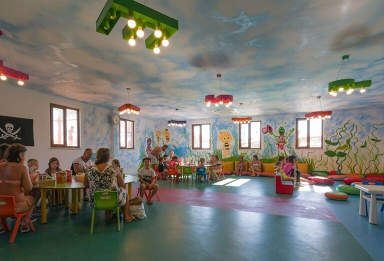 Detský kútik pre rôzne hry v hoteli Adalya Elite Lara