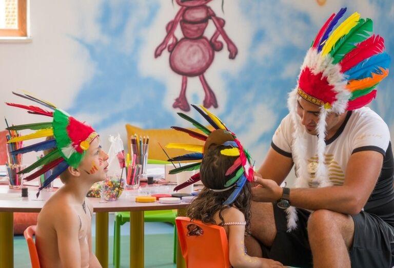 Deti hrajúce sa v kútiku v hoteli Adalya Elite Lara