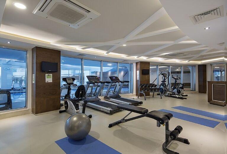 Fitnes centrum, hotel Seashell Resort & Spa