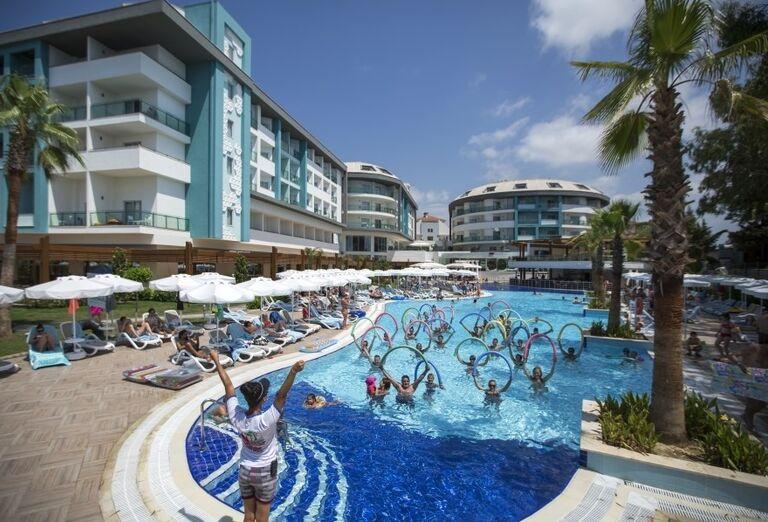 Bazén, hotel Seashell Resort & Spa